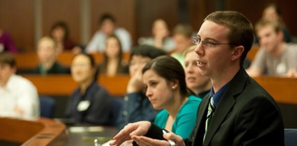 careers 001 original 600x295 مقاله: تاثیر آموزش مجازی بر گسترش علم